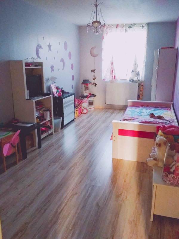 Vendita appartamento Saint-genest-lerpt 189000€ - Fotografia 10