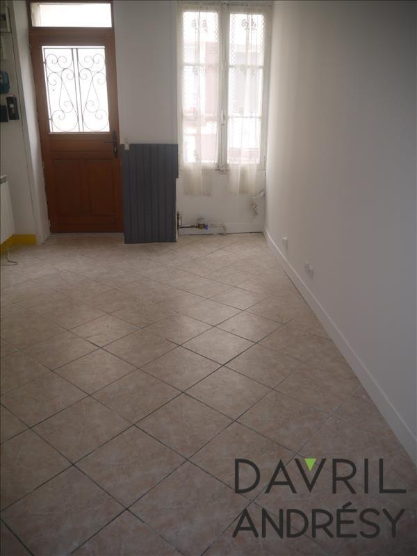 Location maison / villa Andresy 800€ CC - Photo 2