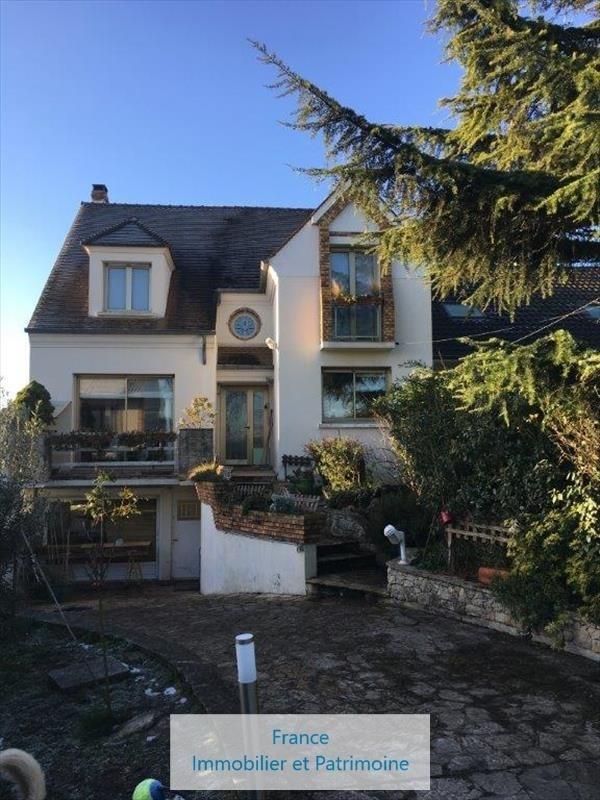 Sale house / villa Sartrouville 630000€ - Picture 1