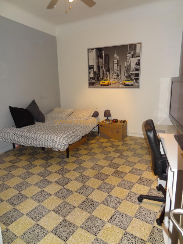 Verkauf auf rentenbasis mietshaus Poussan 76000€ - Fotografie 3