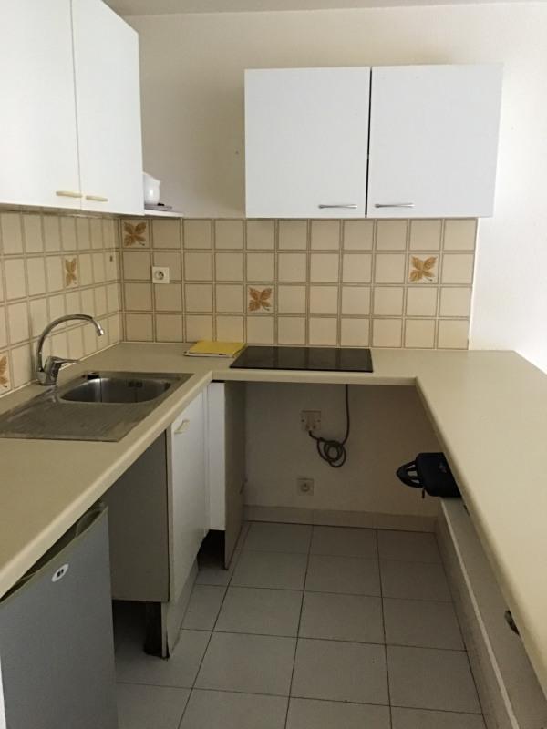 Location appartement Fréjus 680€ CC - Photo 3