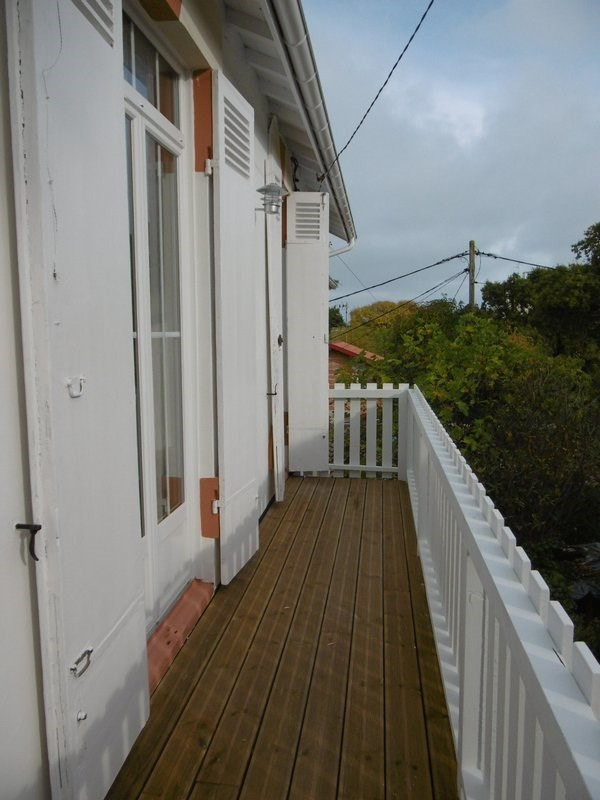 Sale apartment Arcachon 310 000€ - Picture 1