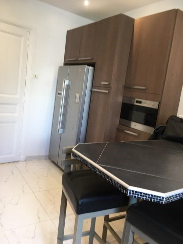 Location appartement Paris 16ème 5895€ CC - Photo 5