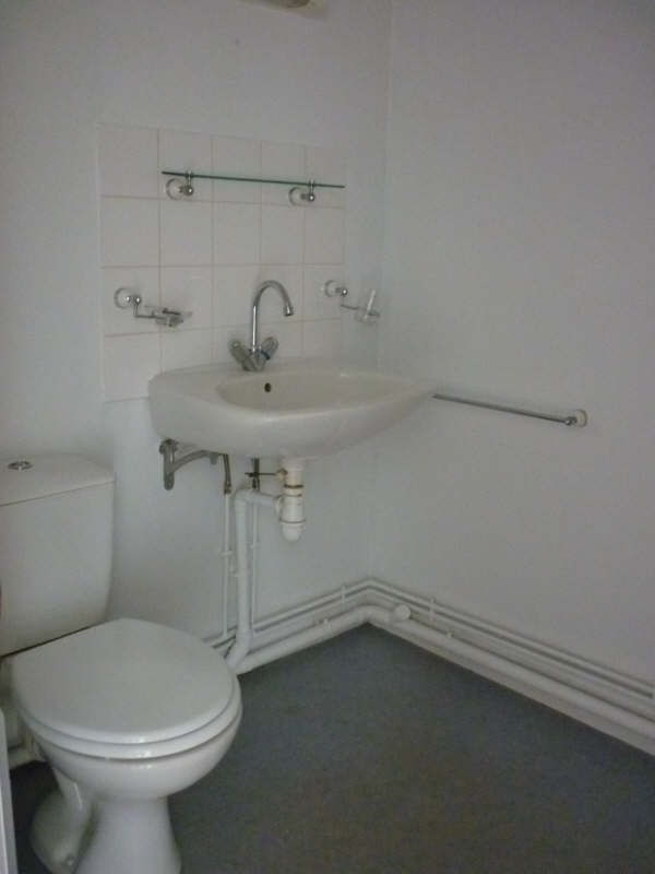 Location appartement Mortagne au perche 360€ CC - Photo 5