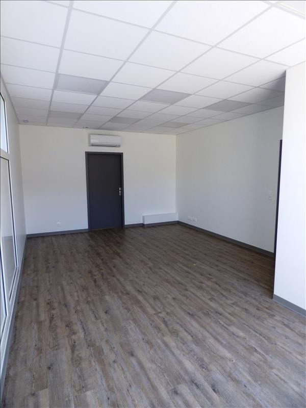 Location local commercial Pont de larn 500€ HT/HC - Photo 1