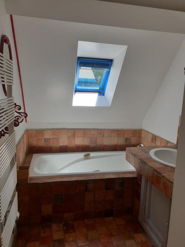 Location maison / villa Locoal mendon 880€ CC - Photo 10