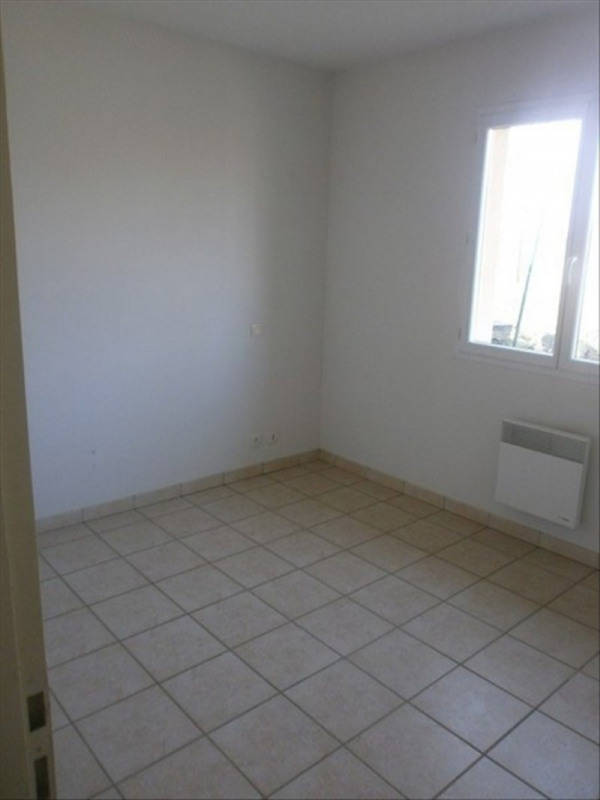 Location maison / villa Rignac 530€ CC - Photo 6