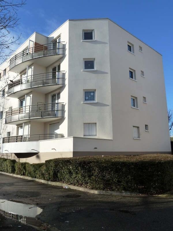 Locação apartamento Elancourt 900€ CC - Fotografia 1