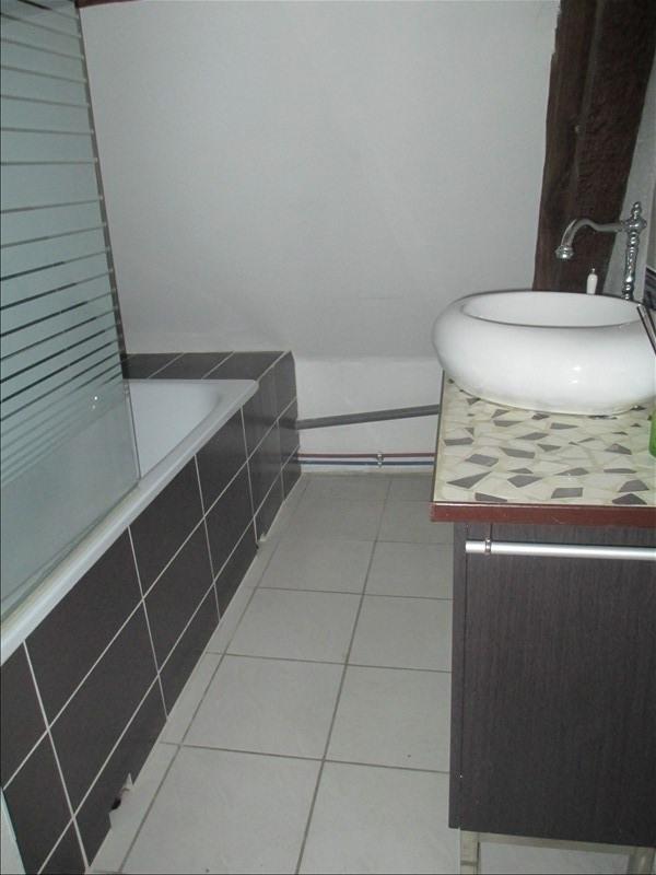 Sale apartment Cires les mello 69000€ - Picture 3