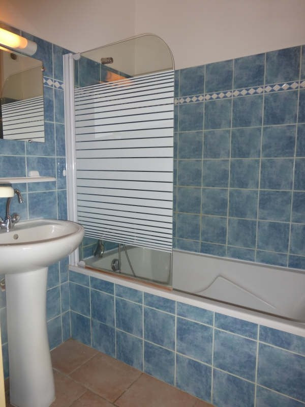 Rental apartment Tourves 620€ CC - Picture 5