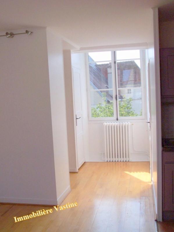 Location appartement Senlis 661€ CC - Photo 4