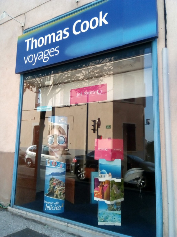 Location local commercial Oullins 1 323€ HC - Photo 4