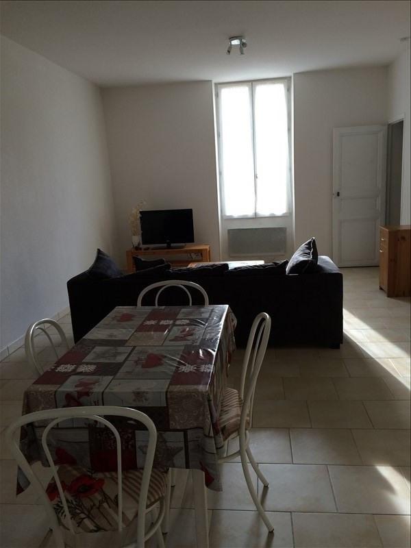 Rental apartment Salon de provence 655€ CC - Picture 3