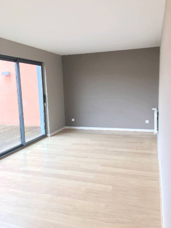 Location maison / villa Charly 1 890€ CC - Photo 7