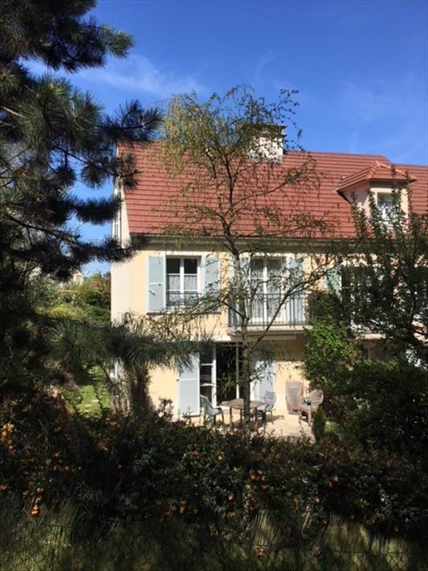Sale house / villa Marly le roi 690000€ - Picture 1