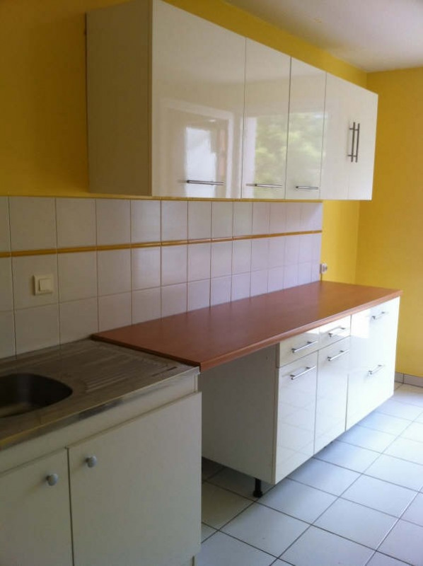 Rental apartment Villefranche de rouergue 540€ CC - Picture 1