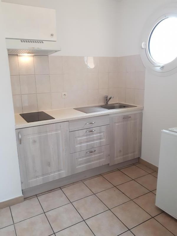 Sale apartment Perpignan 89 000€ - Picture 2