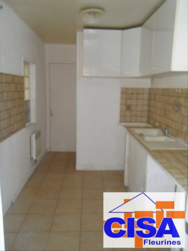 Location maison / villa Villeneuve sur verberie 820€ CC - Photo 3