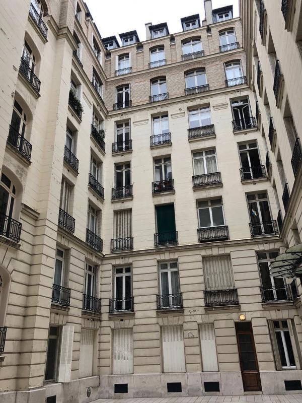 Location appartement Paris 17ème 530€ CC - Photo 10