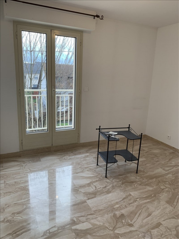 Rental apartment Athis mons 995€ CC - Picture 2