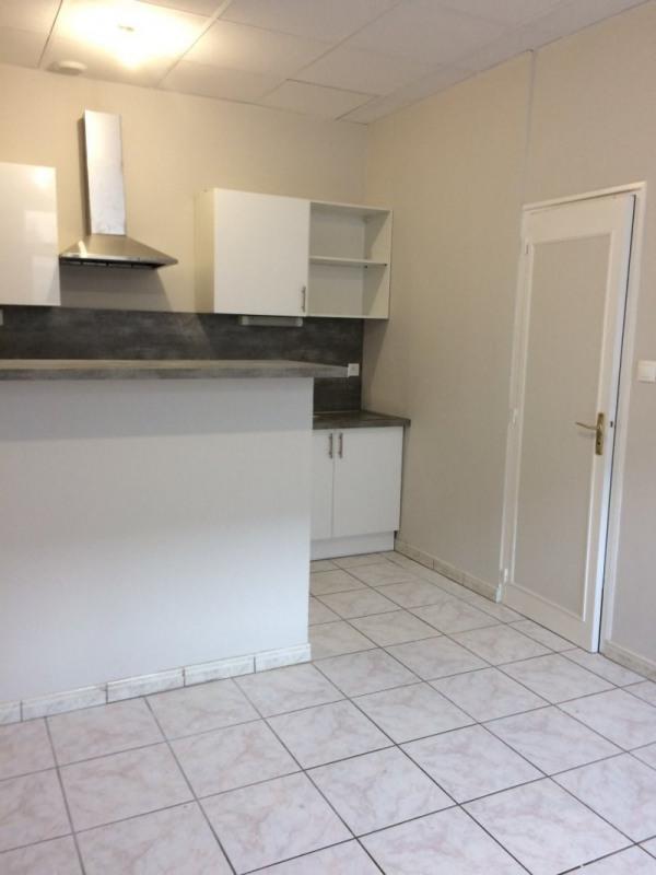 Location appartement Senlis 740€ CC - Photo 2