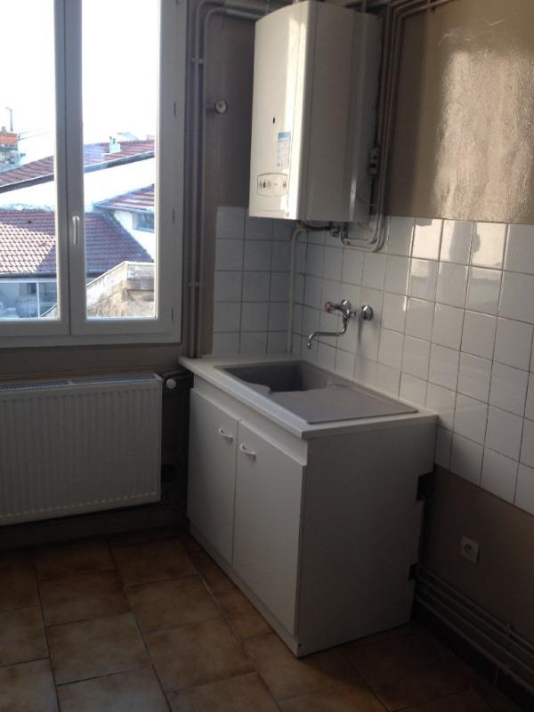 Location appartement Saint-fons 575€ CC - Photo 5