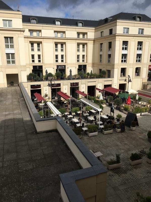 Verkoop van prestige  appartement Versailles 183000€ - Foto 6