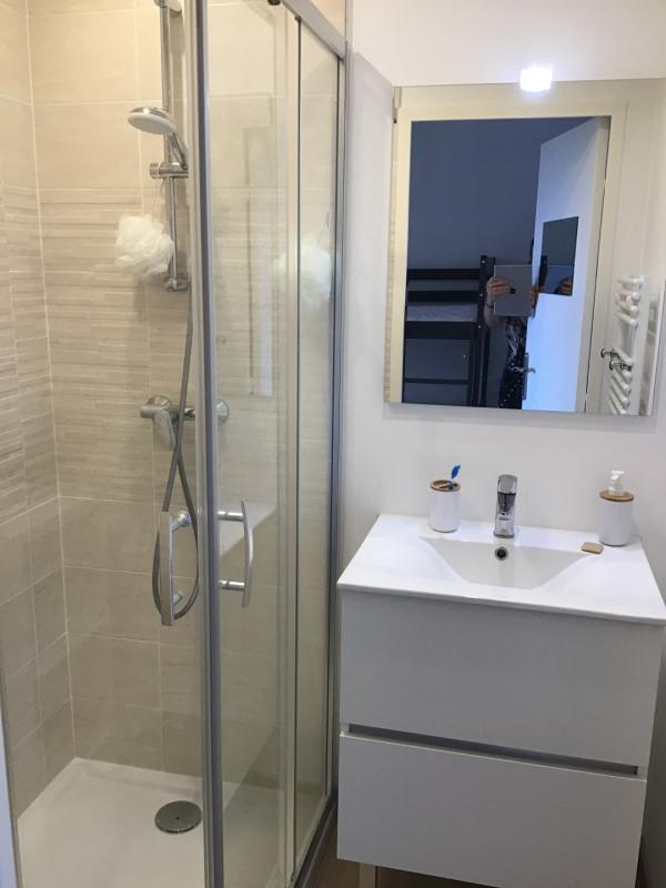 Location appartement Fréjus 610€ CC - Photo 7