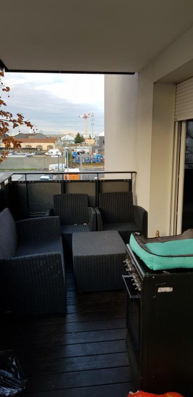 Investment property apartment St fons 145 000€ - Picture 2