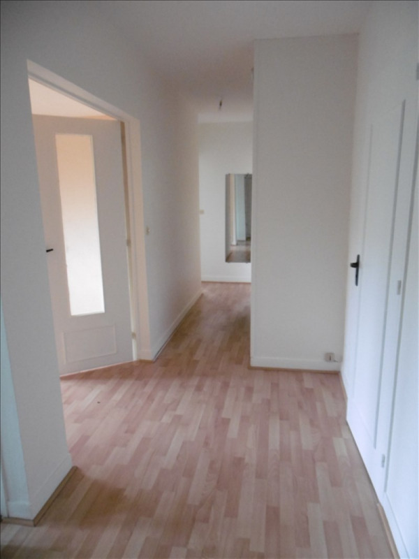 Rental apartment Bures sur yvette 1 182€ CC - Picture 8