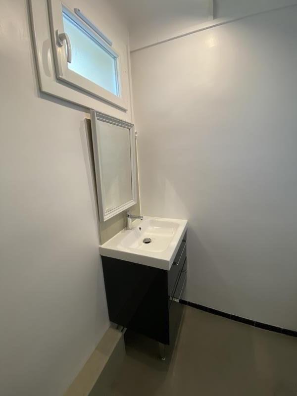 Location appartement Aix en provence 980€ CC - Photo 10
