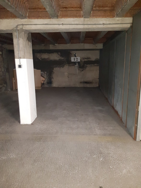 Location parking Paris 14ème 130€ CC - Photo 1