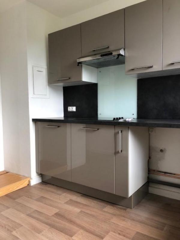 Location appartement Saint germain en laye 1195€ CC - Photo 3