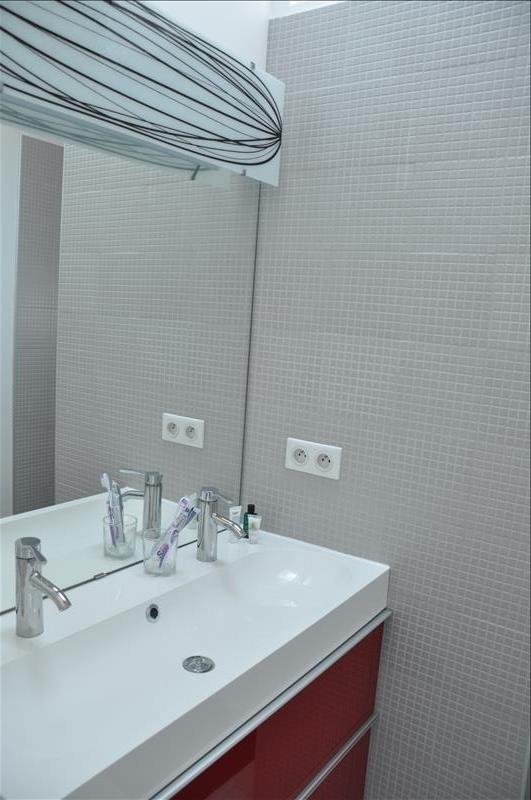 Sale house / villa Feucherolles 730000€ - Picture 6