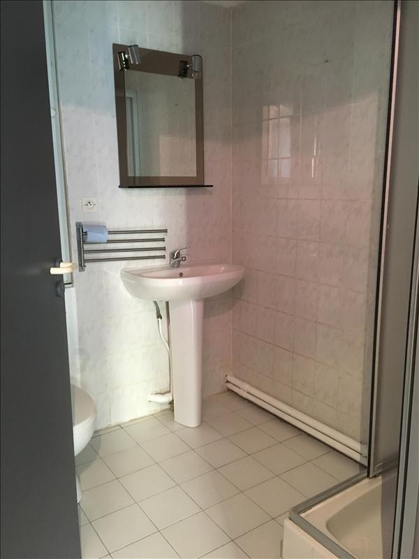Location appartement Toulon 390€ CC - Photo 4