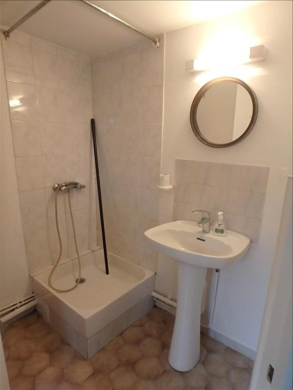 Location appartement Versailles 605€ CC - Photo 3