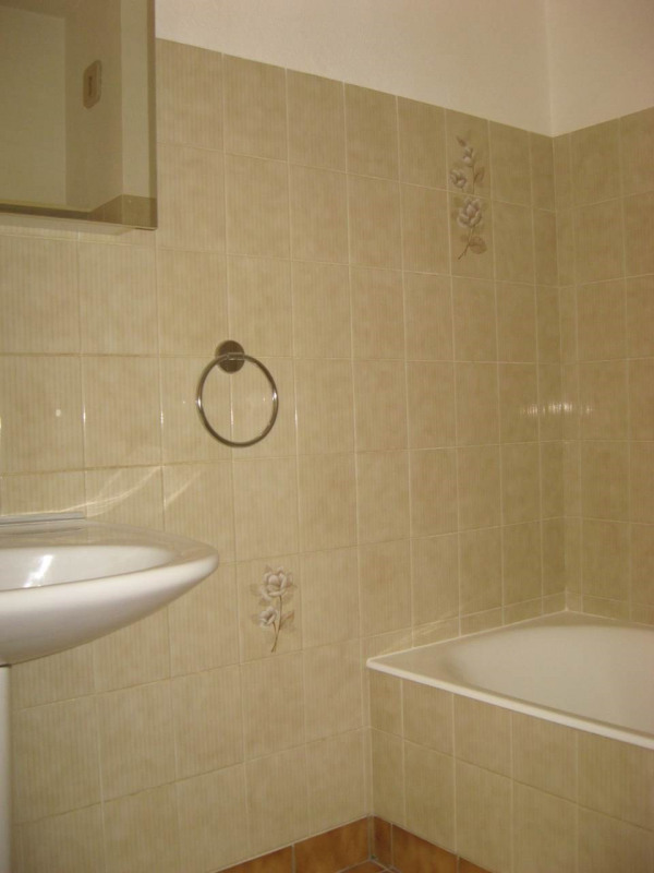 Location appartement Crest 411€ CC - Photo 5