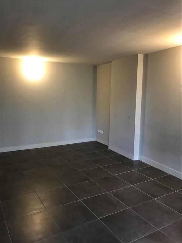 Verhuren  appartement Nimes 488€ CC - Foto 5
