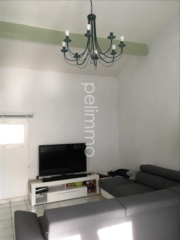Location maison / villa Pelissanne 990€ CC - Photo 5