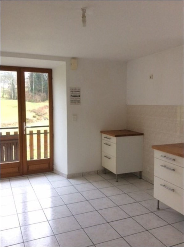 Location maison / villa Aiguebelette le lac 890€ CC - Photo 3