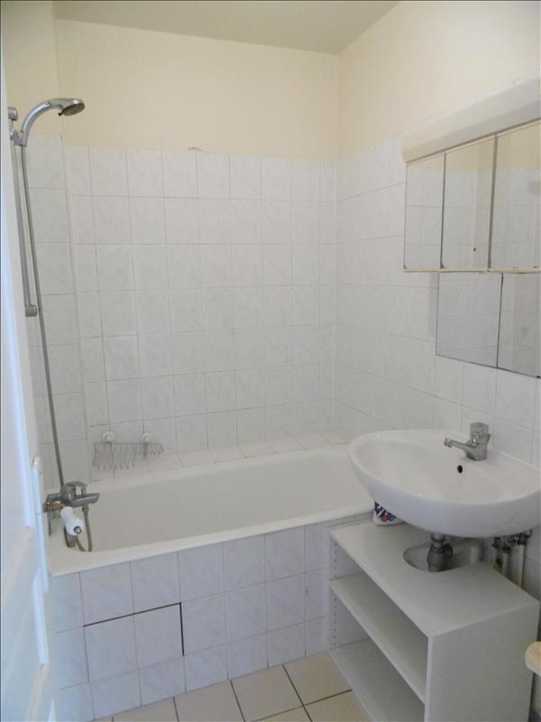Rental apartment Levallois perret 1451€ CC - Picture 5