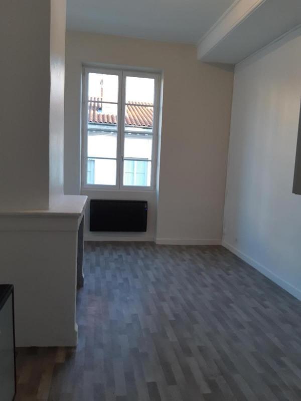 Location appartement Lyon 2ème 675€ CC - Photo 3
