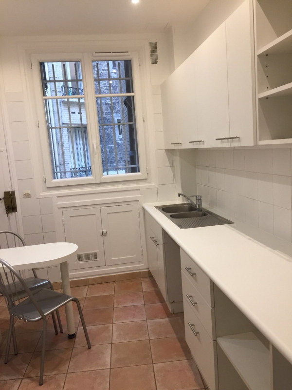 Rental apartment Paris 17ème 3300€ CC - Picture 9