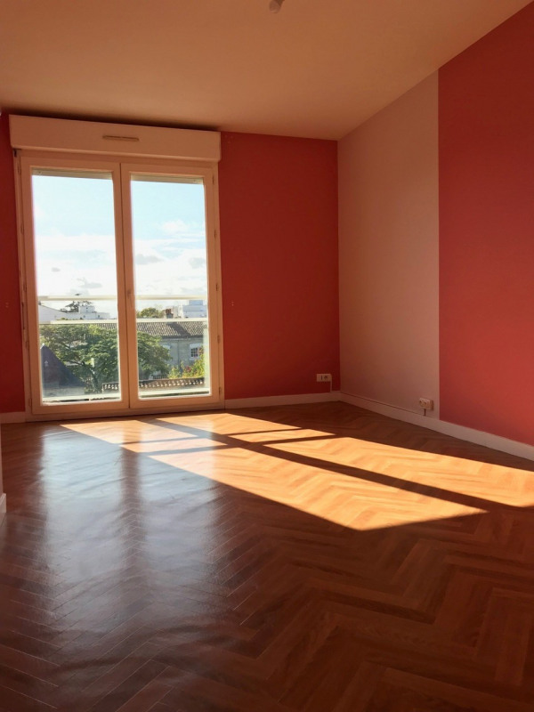 Location appartement Cognac 692€ CC - Photo 8