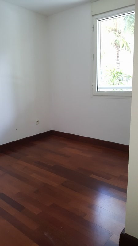 Location appartement Ste clotilde 425€ CC - Photo 6