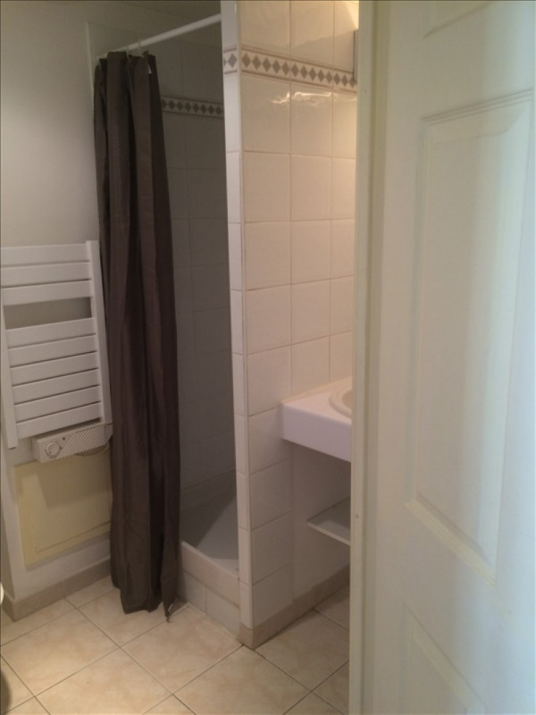 Rental apartment Aix en provence 520€ CC - Picture 4