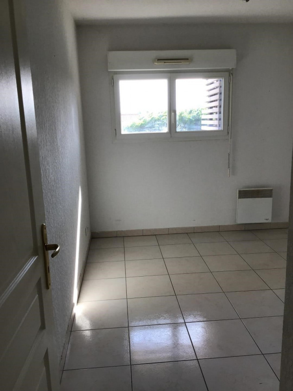 Rental apartment Fréjus 1 110€ CC - Picture 9