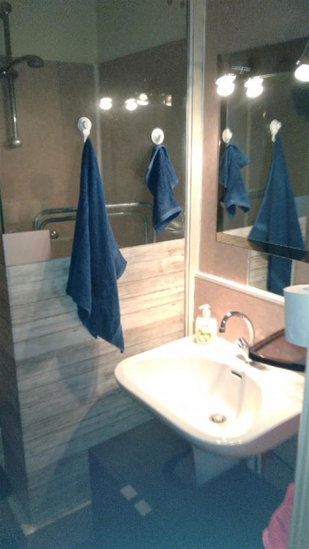 Sale apartment Bron 120000€ - Picture 5