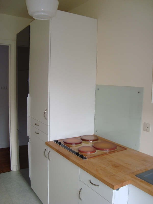 Rental apartment Marly le roi 906€ CC - Picture 2