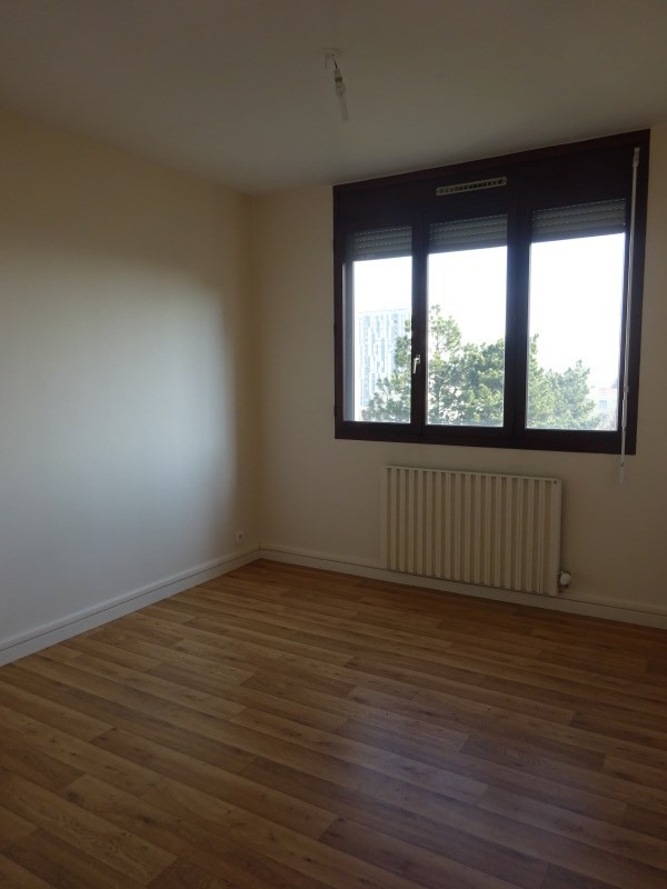 Rental apartment Saint genis laval 729€ CC - Picture 5